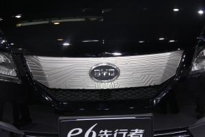 比亚迪e6比亚迪E6图片