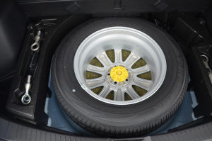 CX-5备胎