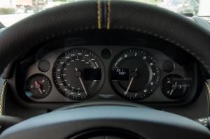 阿斯顿·马丁V8 Vantage仪表 图片