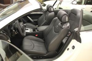 Q60驾驶员座椅