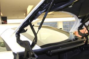 Q60行李厢支撑杆