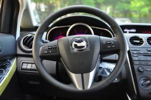 马自达CX-7 方向盘