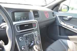 进口沃尔沃S60           中控台驾驶员方向