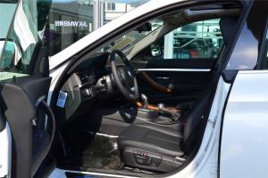 宝马3系GT前排空间图片