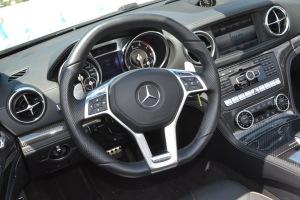 奔驰SL级AMG(进口)方向盘图片