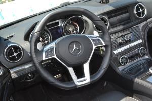 AMG SL级方向盘图片
