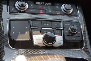 S8中控台音响控制键