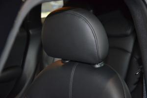 MINI COUNTRYMAN驾驶员头枕图片