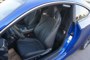 雷克萨斯RC F驾驶员座椅图片