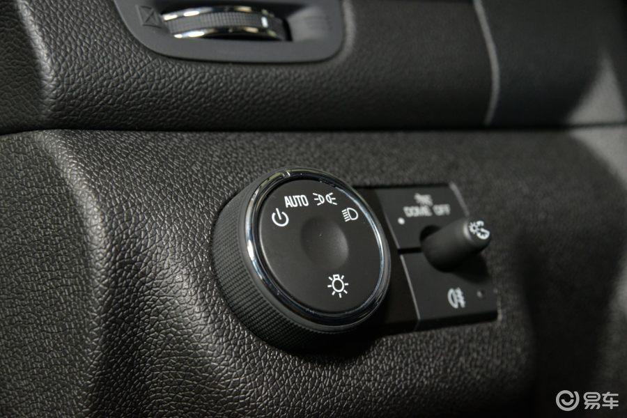 【昂科雷(进口)2014款3.6l sidi 精英舒适型大灯开关
