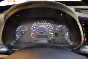 野马F16仪表盘图片