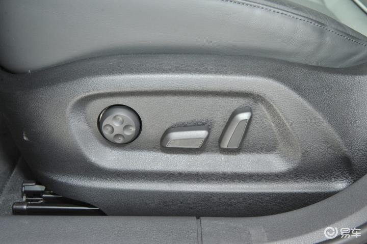 进口奥迪Q3Q3座椅调节键 新款进口奥迪Q3Q3座椅调节键 进口奥迪Q3高清图片