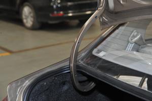 一汽夏利N5 行李厢支撑杆