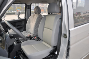 T32 驾驶员座椅