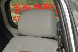 知豆驾驶员头枕图片