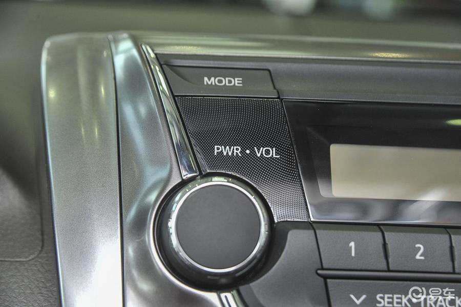 魅动版汽车图片-汽车