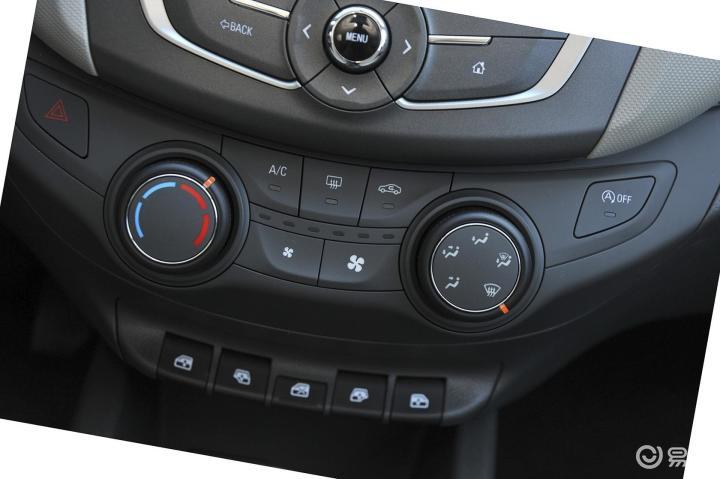 > 雪佛兰赛欧3中控台空调控制键图片