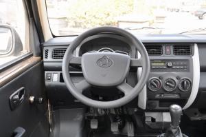 长安之星3完整内饰(驾驶员位置)图片