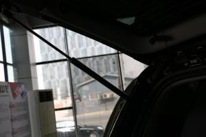 双龙雷斯特W 行李厢支撑杆