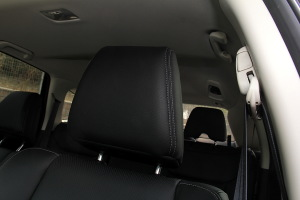 本田CR-V驾驶员头枕图片