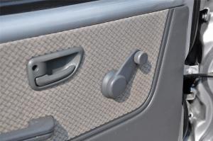 T20 车窗升降键
