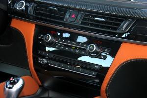 进口宝马X6 M 中控台空调控制键