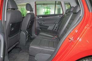 大众Sportsvan          后排空间