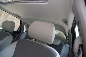 北汽EV系列驾驶员头枕图片