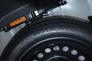 启辰R50                备胎品牌