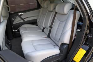 新大7 SUV后排空间图片