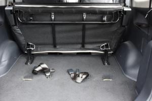 风行S500 行李箱空间