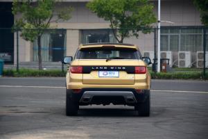X7正车尾