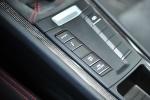 保时捷Cayman            Cayman GT4 内饰