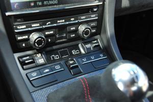 保时捷Cayman            中控台空调控制键