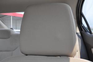 宝骏330驾驶员头枕图片
