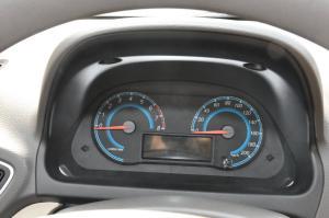 宝骏330仪表盘背光显示图片