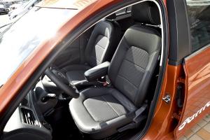 桑塔纳·浩纳驾驶员座椅图片