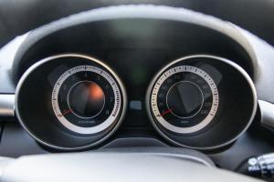 奔腾X80仪表 图片