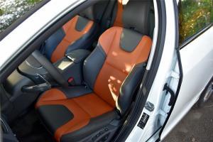 沃尔沃V60 Cross Country驾驶员座椅图片