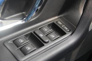 广汽中兴GX3 车窗升降键