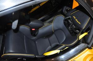 保时捷918 驾驶员座椅