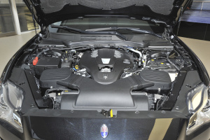 Quattroporte发动机