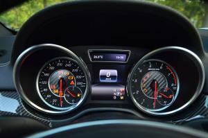 进口奔驰GLE级AMG运动SUV 仪表盘背光显示