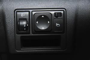 A30外后视镜控制键