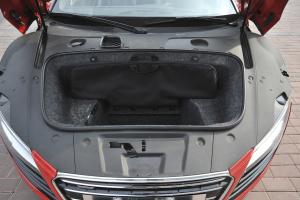 奥迪R8(进口)行李箱空间图片