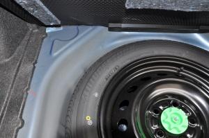 卡罗拉双擎 备胎品牌