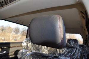 风光370                驾驶员头枕