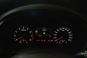 起亚KX5                仪表盘背光显示