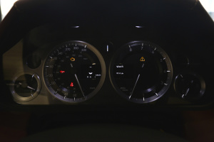 阿斯顿·马丁V8 Vantage 仪表盘背光显示