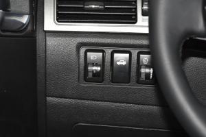 华泰iEV230仪表盘背光显示图片